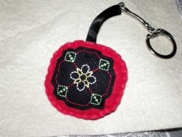 Tudor Rose Keyring by VickitoriaEmbroidery