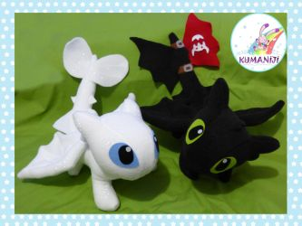 Toothless and Llight fury chibi plushies by chocoloverx3