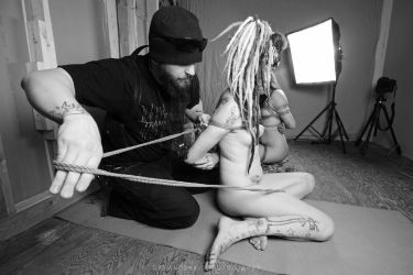 Behind the scenes - Shibari 3 - 04 by Dukkha-Photo