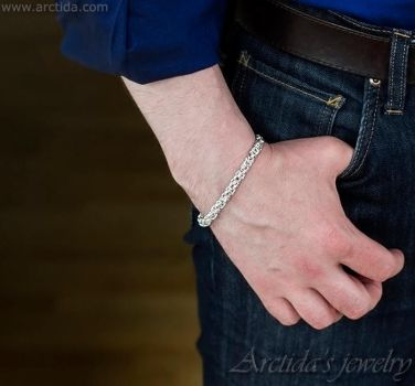 Byzantine chainmaille mens bracelet by Arctida