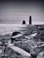 GH Lighthouse and Pier w/ Rocks by KBeezie