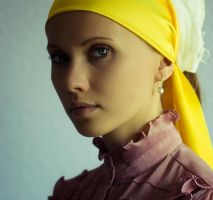 Girl with a pearl earring by Ultradevious