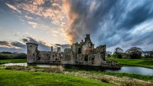 Caerlaverock Castle by Spyder-art