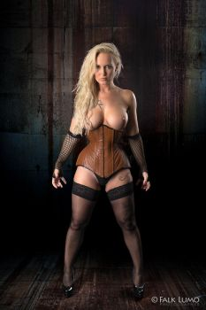 Blonde Corset Amazon by FalkLumo