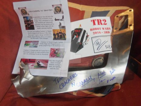 Smash's wedge, certificate and TR2 Autograph by burningdiotoir
