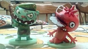 Re-Painted Flippy And Flaky Vinyl Figures by SquirrelCat1998V2