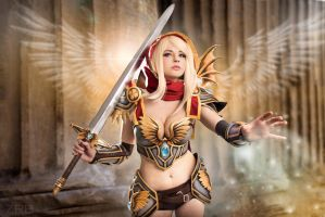 Holy Paladin by andyrae