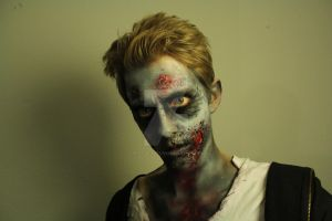 Zombie | Make-Up by buntUNDkreativ