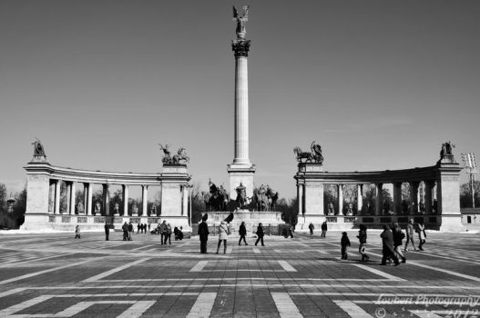 Heroes' Square by Zouberi