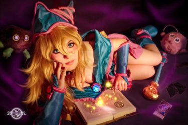 The act of banishing - Dark Magician Girl Cosplay by 20Tourniquet02