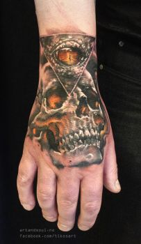 Skull with evil all-seeing eye by tikos