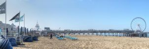 Panorama The pier of Scheveningen by taisteng