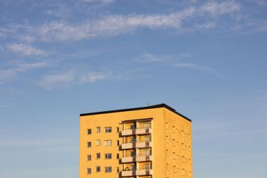 Yellow building by Acegikm0