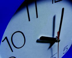 Blue Clock by OneMinutes