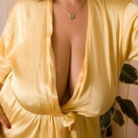 Luscious mature boobs by lovebustyladies
