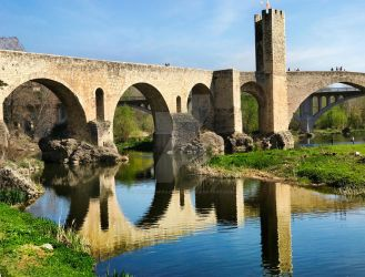 Besalu, Spain by VaggelisFragiadakis