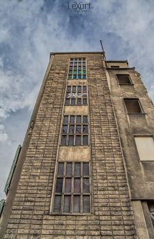 abandoned tower by LexartPhotos
