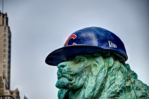 Chicago Cubs hat on Art Institute lion by spudart