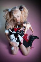 I kill you. Junko Enoshima cosplay, DanganRompa by Giuzzys
