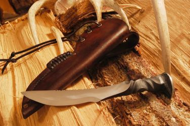 RR spike knife w filework by myvilegirl