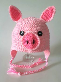 Piggy Hat by CeciliaSal