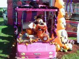 Witch in PInk Golf Cart by DerpyDash64