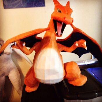 Dracofeu papercraft  by enigmael