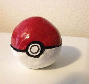 Pokeball by TiaraButterfly