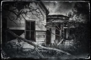 Abandoned House by ditchcock