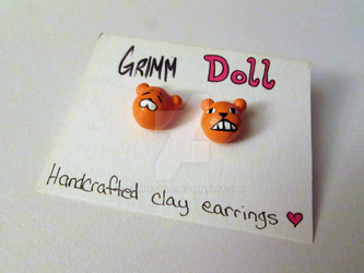 Umaru Earrings by grimm-doll