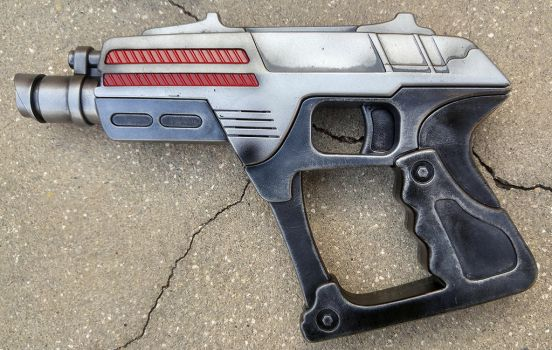 Custom Star Trek style Phaser Pistol by firebladecomics
