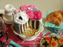 Wonderland Garden Cake by vesssper