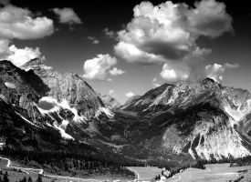The Alps PARADISE 6 BW by mutrus
