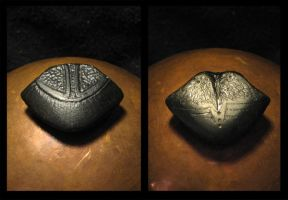 Ebony Scarab Head Worrystone by LaughingScarab