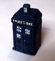 Little Clay Tardis by ThatPeskyNargle