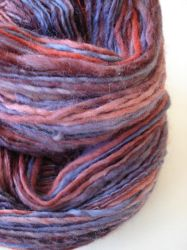 Red wine handspun merino by Snowberrylime