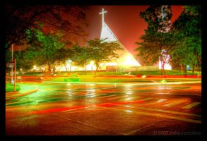Gesu Intersection HDR by mikeyorsolino