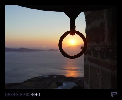 Summer Moments : The Bell by Panosware