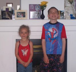 Little brother and Tayler by fluffy