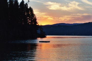 Sunset over Coeur d' Alene by Paradox460