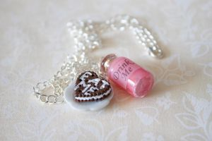 Eat Me Drink Me Necklace Strwb by YourSweetTreat