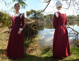 Red Wool Kirtle by CenturiesSewing