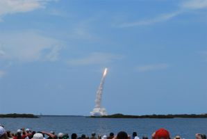 STS-125 Atlantis by calger459