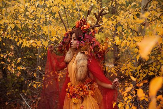 Autumn Sawsbuck - Fall Colours by the-mirror-melts