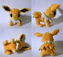 Jolteon Pokemon Time Plush by Pannsie