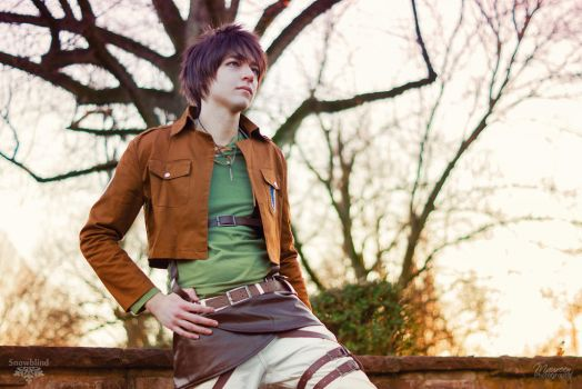 Eren (Attack on Titan) - Chilling by Snowblind-Cosplay