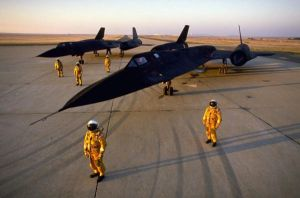 two sr-71 with pilots by LOLMANIC45