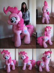 Giant Pinkie completed by MagnaStorm