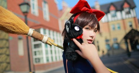 Kiki's Delivery Service by 35ryo