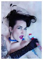Kitsch Glamour by IreneLangholm